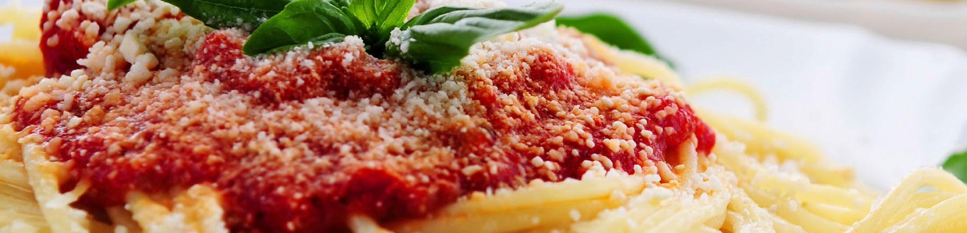 A nóż widelec - restauracja z pysznym jedzeniem na wagę bazująca na kuchni międzynarodowej